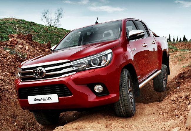 Toyota Hilux 2016: нова ера при пикапите