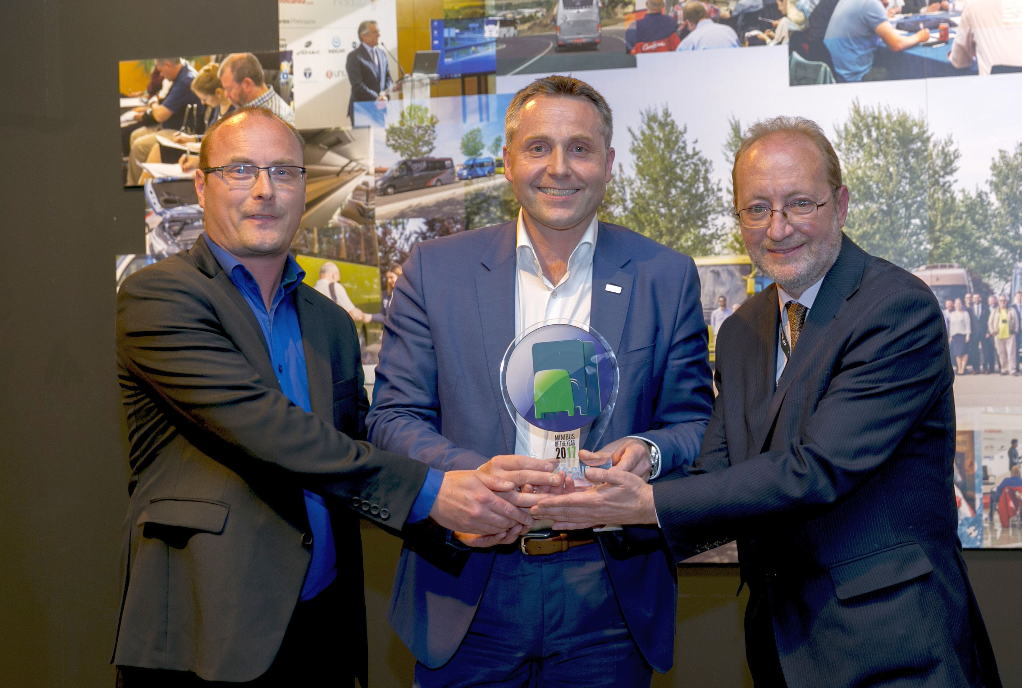 Iveco Daily Tourys е Minibus of The Year 2017