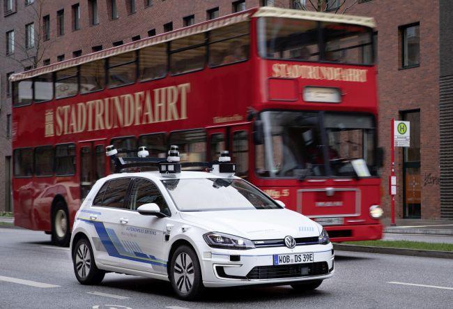 VW тества в Хамбург движение на автомобили с висока степен на автоматизация