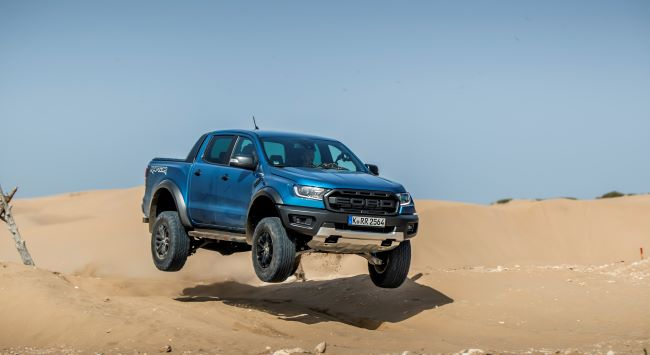 Ford освободи Raptor-a в Мароко