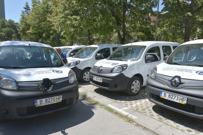 18 нови Renault Kangoo Z.E. за община Варна