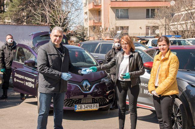 Рено Нисан България предоставя автомобили за превоз на хора и материали