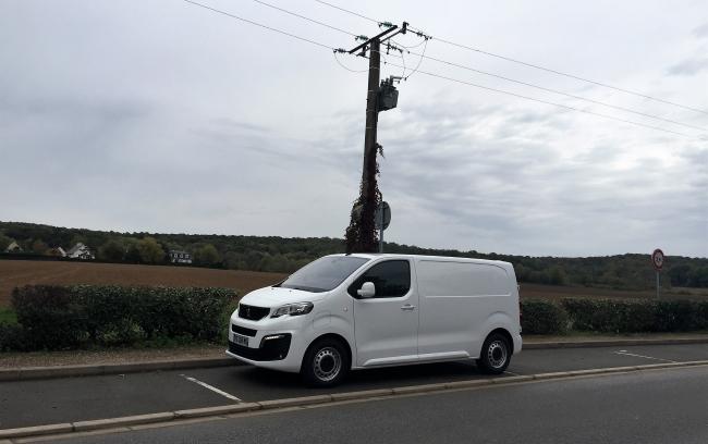 Тест: Peugeot e-Expert и Citroen e-Jumpy