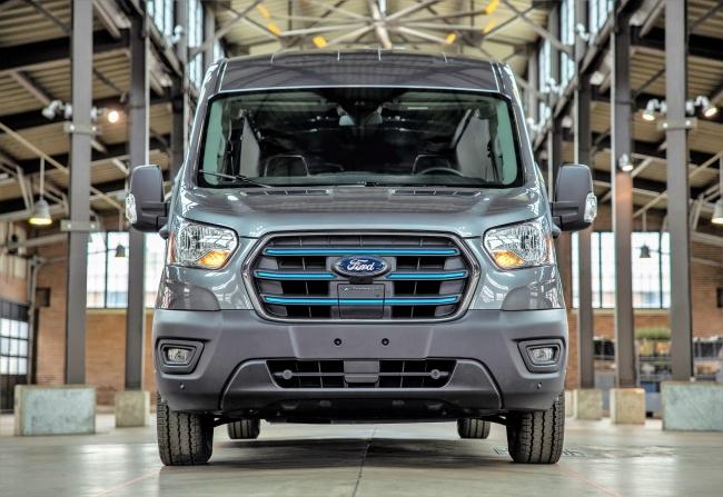 Ford E-Transit e факт!