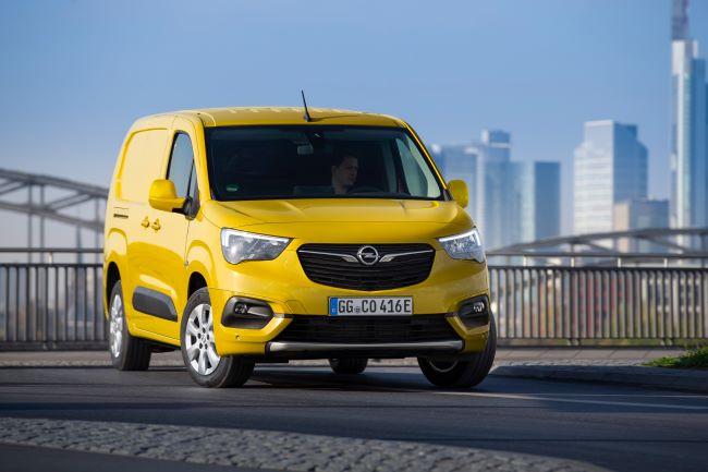 Поръчките за новия Opel Combo-e Cargo стартират